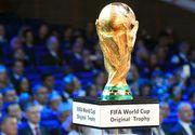 Trofeul care se acorda campioanei mondiale este fabricat in Italia! Originalul care e acoperit cu 4,9 kilograme de aur este tinut la sediul FIFA!