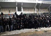 Razboi intre fani lui Amsterdam si cei ai lui AEK la Atena! Ultrasii lui Panathinaikos au sarit in ajutorul olandezilor