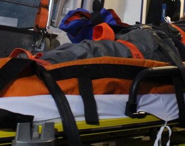 Copil de 11 luni si mama lui, la spital in urma unui accident rutier produs in Timis