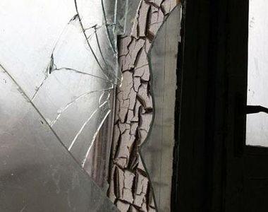 Accident straniu in Arges! Un barbat a murit intepenit intr-un geam