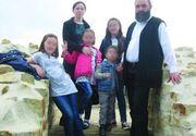 Sotia preotului mort din Suceava a iesit din coma. Cum a reactionat Maria cand a aflat ca si-a pierdut sotul si doi copii in oribilul accident