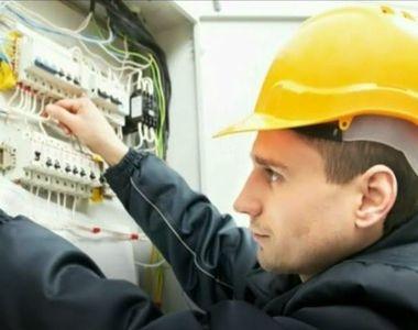 Piata de energie electrica, complet liberalizata, ignorata de consumatori. Reporterii...