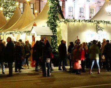 Incendiu puternic declanșat la Târgul de Crăciun din Piatra Neamț! Toti oamenii au...