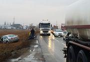 Șase persoane au fost rănite, după ce două maşini s-au ciocnit frontal la intrare în Buzău