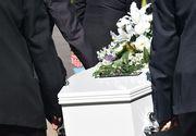 Un barbat din Moldova s-a impuscat chiar in ziua in care si-a inmormantat sotia
