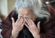 O ingrijitoare romanca a fost reclamata la politie pentru ca a abandonat-o pe batrana de care avea grija