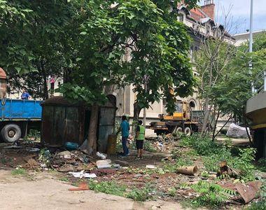 A inceput demolarea magaziilor si baracilor amplasate ilegal. Care au fost primele...