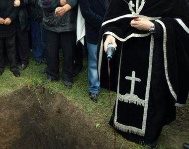 Oraşul din România unde înmormântările în weekend vor deveni un lux! Taxele ajung şi...