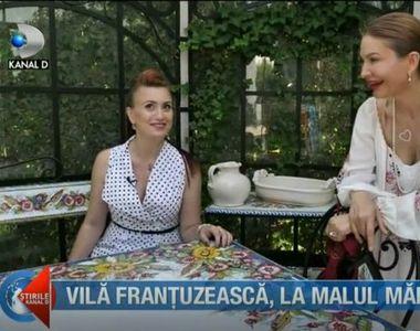 """""""Casa de vedeta"""" va prezinta stilul Provence cu pajisti de lavanda. Fabuloasa..."""