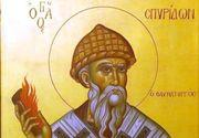 Tradiții și obiceiuri de Sfântul Spiridon.  Îi îmbogăţeşte pe săraci şi îi vindecă pe cei bolnavi. La ce trebuie să fii atent azi