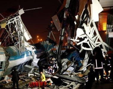 Accident feroviar cumplit! Sunt PATRU morți și ZECI de răniți după ce două trenuri s-au...