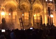 """""""Legea sclaviei"""" i-a scos în stradă! Proteste de amploare în Ungaria, după ce a fost adoptată o variantă controversată a Legii Muncii"""
