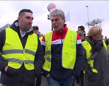 Efect îngrijorător al protestelor din Franța. Partidul Comunist Francez încearcă să...