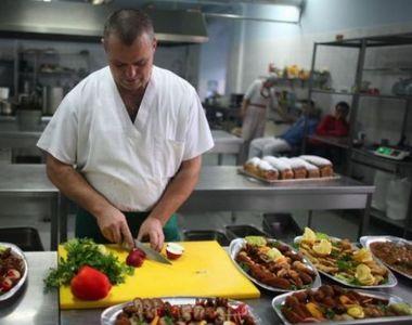Firmele de catering, alternativa celor comozi pentru masa de Crăciun
