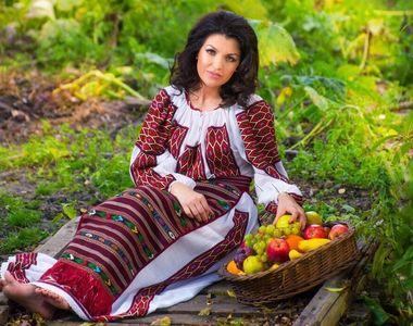Celebra interpretă de muzică populară, Claudia Ghițulescu, este însărcinată! Anunțul...