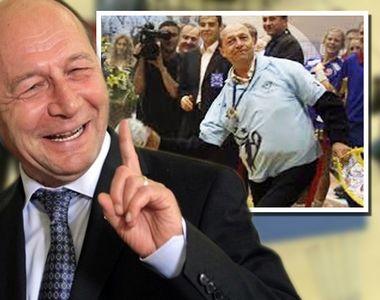 Ce s-a întâmplat când Traian Băsescu a coborât pe terenul de handbal după ce a băut...