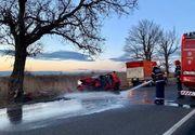 Accident cumplit în Teleorman, în Ziua de Crăciun! Doi tineri au murit după ce au intrat cu mașina într-un copac de pe marginea drumului