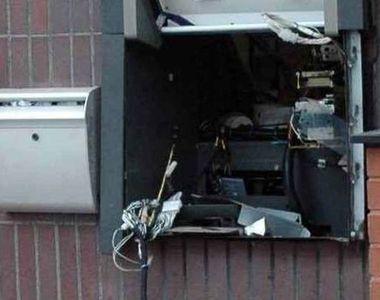 Tentativă de jaf ca-n filme, după ce un bancomat din Brașov a fost aruncat în aer