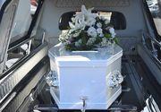 O tânără a născut la 10 zile după ce a murit