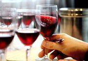 Nicio masă fără vin. Românii, campioni la băuturi fine