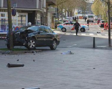 Luxemburg. Incident șocant.  A intrat cu mașina într-un grup de pietoni și și-a ucis...