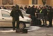 Alertă în Pitești! O valiză suspectă a fost descoperită între mașini. Zeci de oameni, evacuați