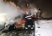 INCENDIU în Capitală. Şase case din cartierul Apărătorii Patriei au fost cuprinse de flăcări. O persoană, transportată la spital