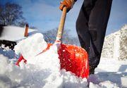 Odată cu venirea zăpezii a ieșit la iveală și creativitatea oamenilor! Angajații se întrec în idei geniale pentru o deszăpezire mai rapidă