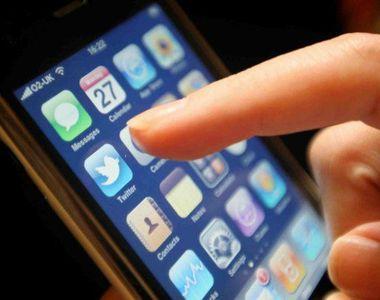 Telefonul mobil se poate transformă ușor în spionul care știe totul despre noi! Iată cum