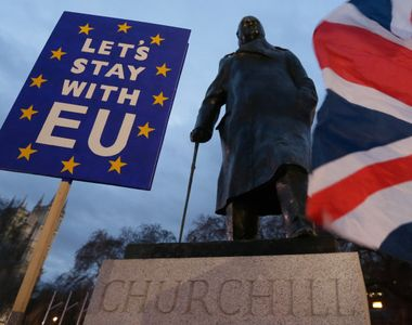 Cum vor fi afectați românii din Marea Britanie de respingerea acordului pentru Brexit