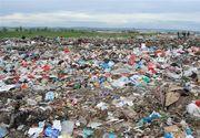Cadavrul unui bărbat sub tone de gunoi, la Slatina. Poliția este în alertă