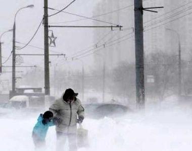 Vreme extremă în țară. Mai multe județe au fost măturate de viscol