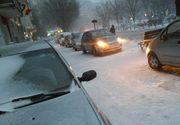 Orașul interzis pietonilor! Șoferii din București au acaparat trotuarele, pe care își parchează mașinile liniștiți