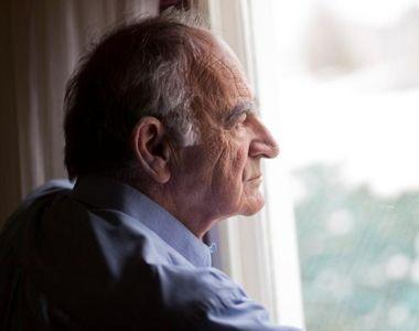 NOROC! S-a aruncat pe geam la 103 ani și a reușit să supraviețuiască!