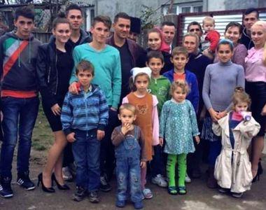 Au sufletul bucăți. 18 copii din Timiș plâng, după ce mama lor a murit de o boală cumplită