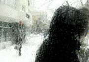 Ploaia înghețată a dat mari bătăi de cap șoferilor din sudul țării! Mai multe drumuri au fost închise