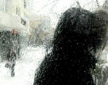 Ploaia înghețată a dat mari bătăi de cap șoferilor din sudul țării! Mai multe drumuri...