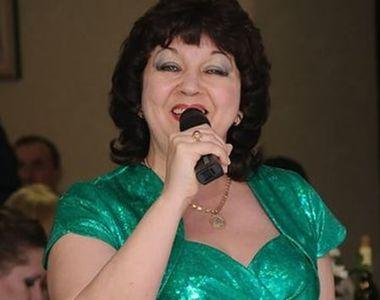 Doliu în lumea muzicii! O cântăreață cunoscută a murit după ce a suferit atac de cord...