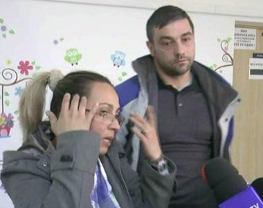 Mama fetei de 11 ani din Sinaia în corpul căreia medicii au lăsat un tifon, declarații...