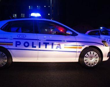 Poliţist de frontieră băut, oprit în trafic cu focuri de armă de Poliţia Rutieră