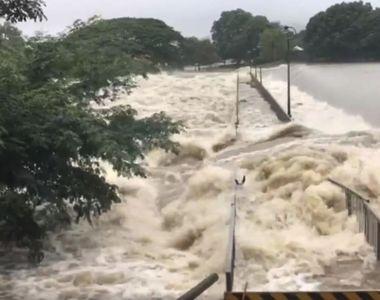 Vremea își face de cap! Inundații devastatoare în toată lumea!