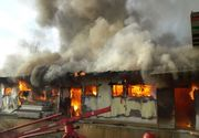 Incendiu uriaș în Capitală. Un depozit arde chiar în aceste momente