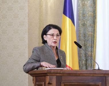 Ecaterina Andronescu, despre folosirea telefonului în școli. Anunțul făcut de ministrul...