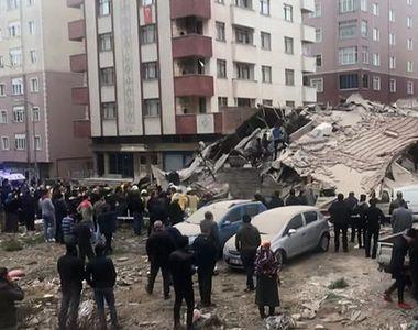 Căutări disperate la Istanbul printre dărâmături, după ce un bloc cu 8 etaje s-a prăbușit