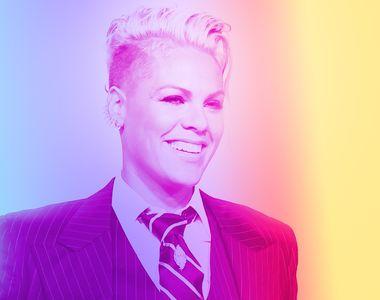 Cantareata Pink a primit o stea pe Aleea Celebritatilor din Hollywood