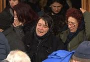 Întâmplare bizară la înmormântarea Ioanei Condea! Cum a fost băgat sicriul în groapă!