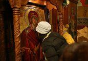 O icoană expusă într-o biserică din Constanța, din care curgea mir, s-a dovedit a fi un fals
