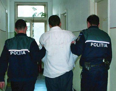 Tânăr de 17 ani, arestat după ce a vrut să violeze o bătrână de 70 de ani! E IREAL la...