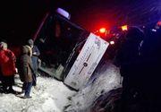 Autocar cu 25 de persoane la bord, răsturnat pe DN 1! Patru victime înregistrate până acum