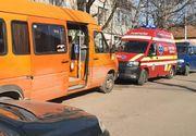 Dramatic! O fetiță de 11 ani a murit astăzi la Zalău! A căzut în cap dintr-un microbuz școlar!